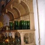 Krambude mööbel, puulõike ornamentidega